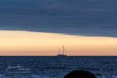 Schiff am Horizont
